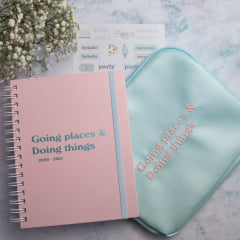 Kit Going places & doing things - Planner + Pasta + Adesivos