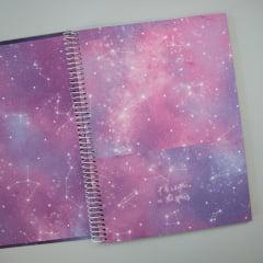 CADERNO UNIVERSITÁRIO MAGIC - We are all stardust