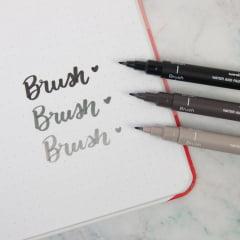 Caneta Brush Fine Line Nanquim Uni Pin