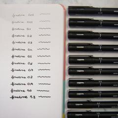 Caneta Fine Line Nanquim Uni Pin - 0,03mm à 0,8mm